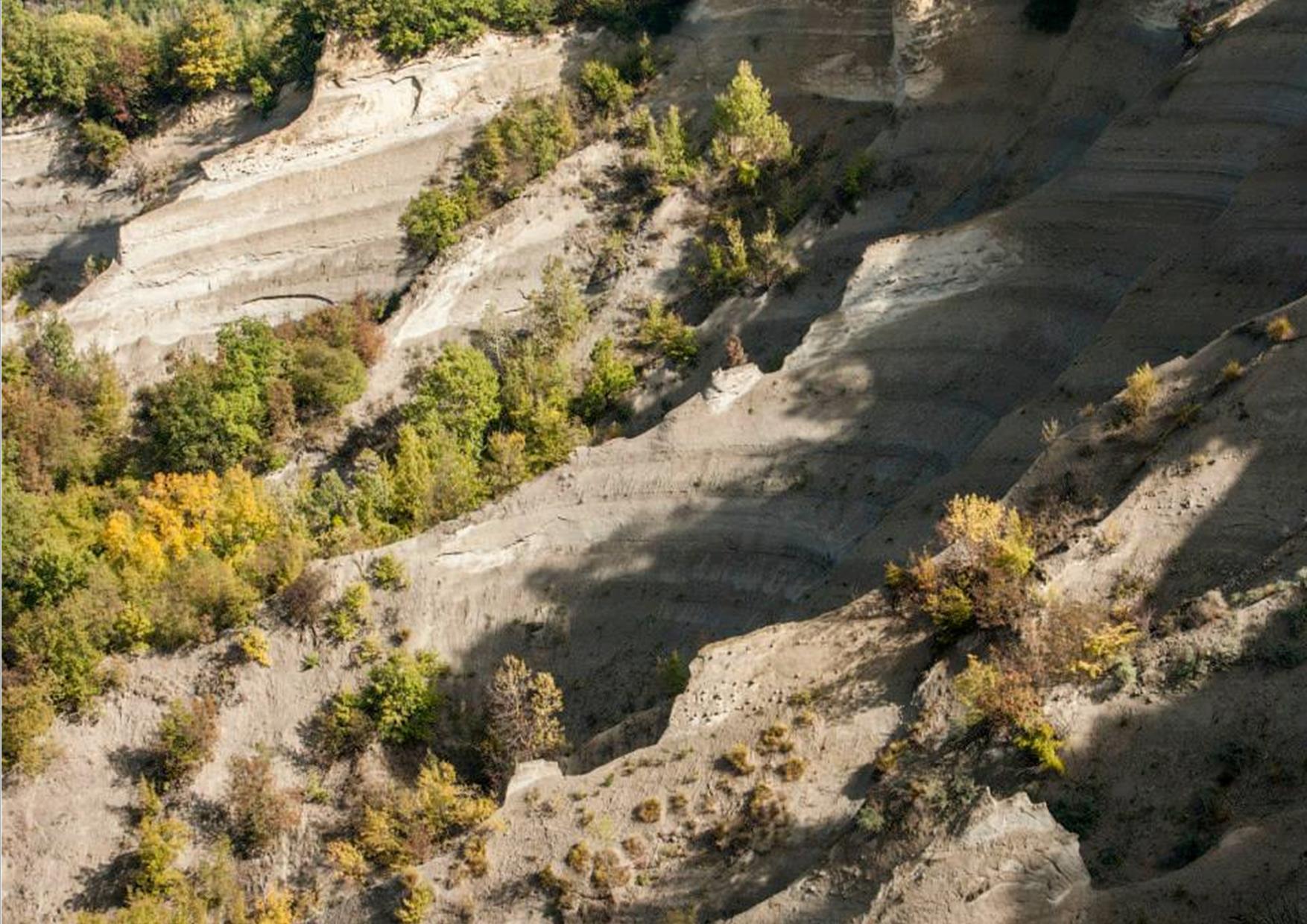 21 Aprile  Escursione ai Calanchi